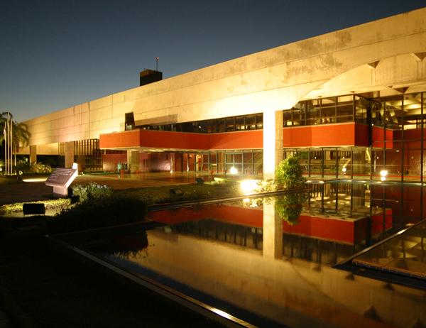 Centro de Convenções Arquiteto Rubens Gil de Camillo